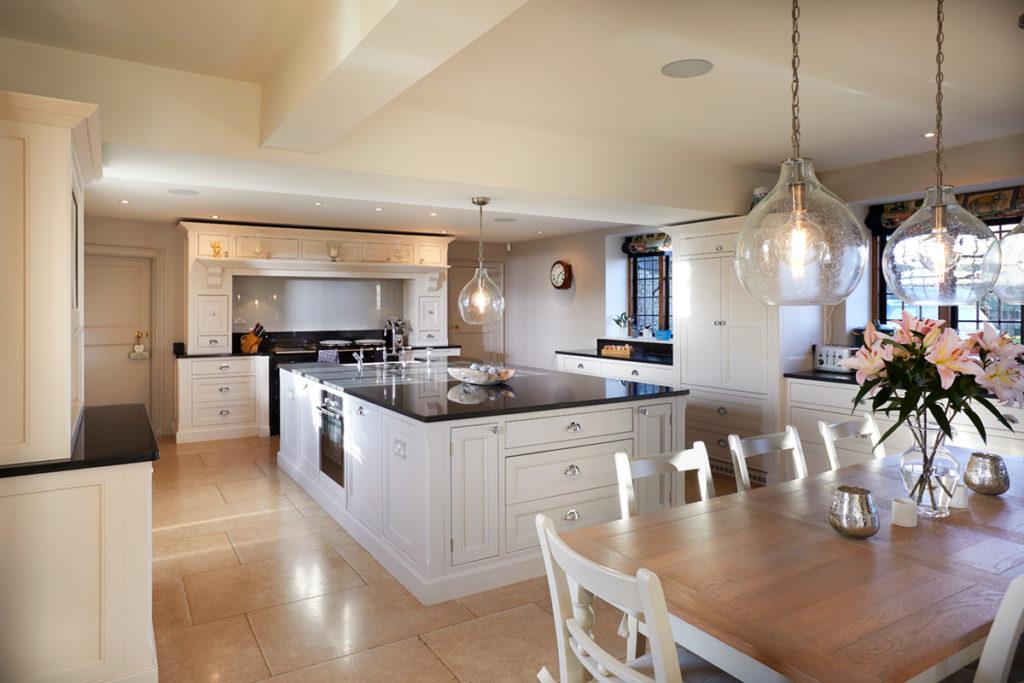 Handmade fitted kitchen furniture